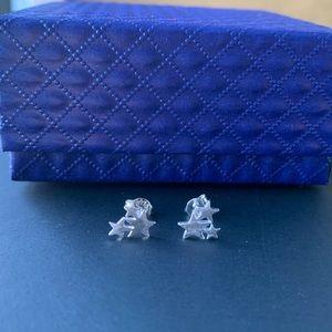 Brand new 925 sliver stars earrings
